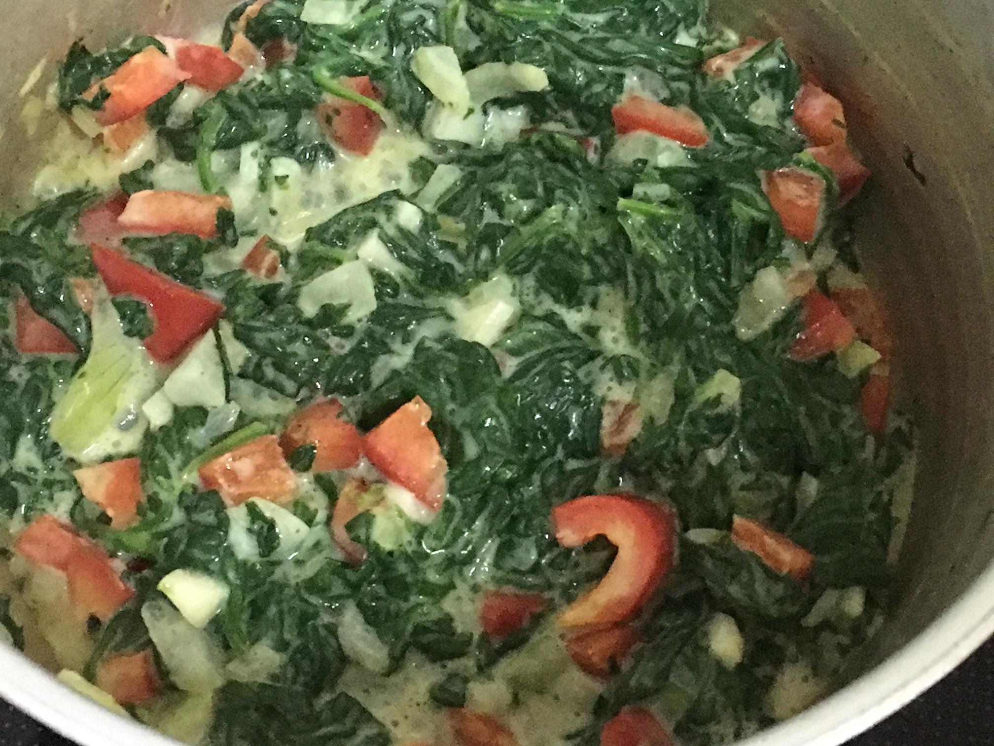 flødestuvet spinat med frisk spinat